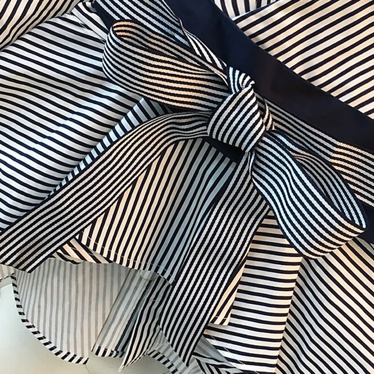 Lantern-Sleeve-Blouse-Shirt-Women-2018-Fashion-Korean-Style-Summer-Bow-V-neck-Striped-Shirt-Elegant (3)