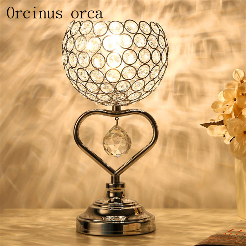 Creative European style living room table lamp bedroom bedside crystal lamp warm romantic wedding gift warm wedding wedding korean pastoral cute princess girl bedroom flower table lamp european small wedding room bedside eye lamp