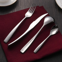 4PCS LOT Western Cutlery Set Stainless Steel Food Dining Knives Forks Dessertspoons Royal Silver Dinnerware Sets