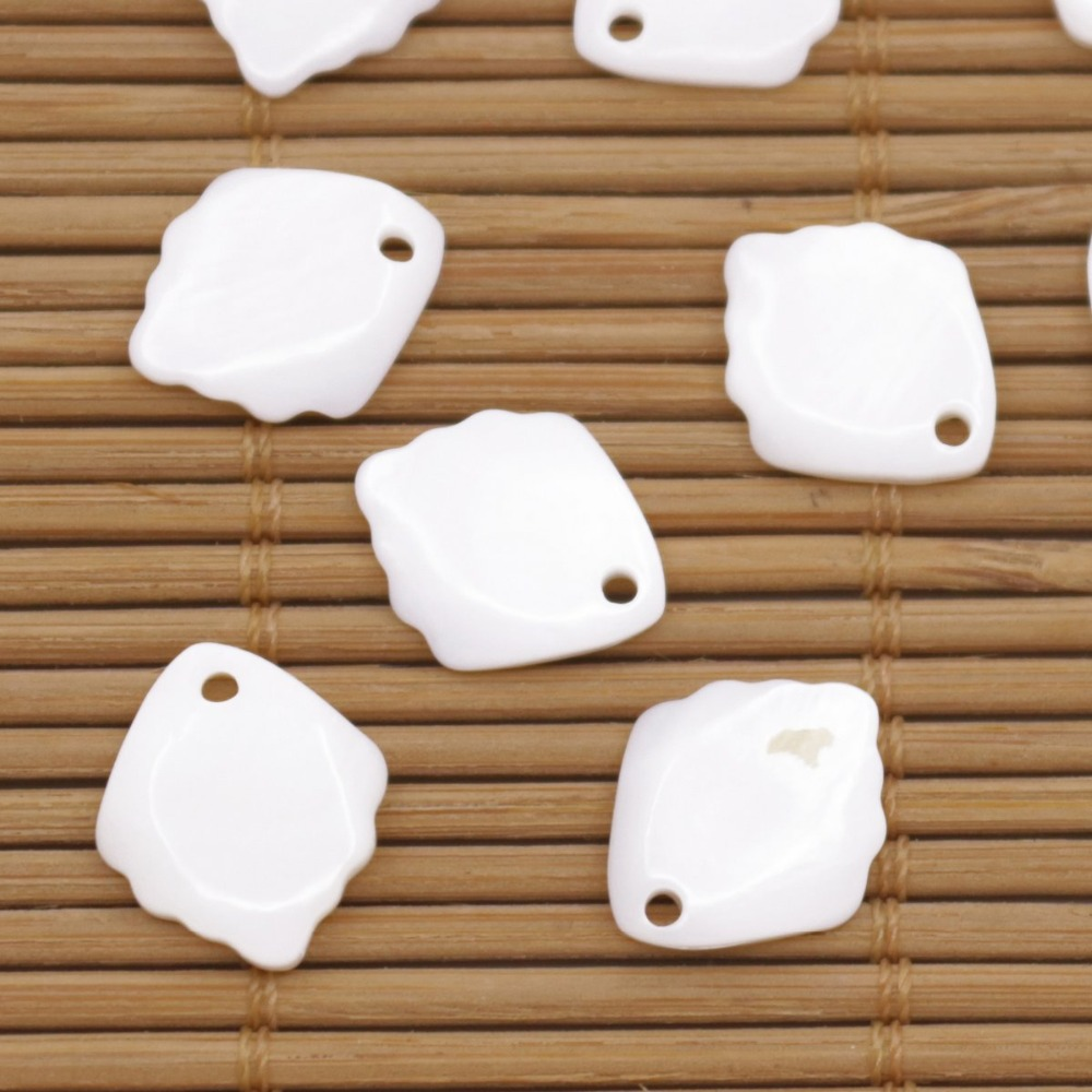Купить с кэшбэком 10 PCS 12mmX14mm Shell Natural White Mother of Pearl Loose Beads Leaf Shape