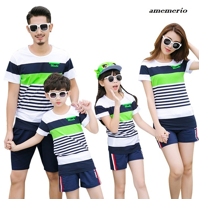 f8fb50ae0d1f8 Matching Family Clothing Outfits Fashion Mother Daughter Clothes T-shirt  Shorts Father Son Clothes Sets Mother Son Outfits