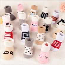цена на Winter wear Baby socks newborn floor socks kids cotton socks 40% wool boy and girl children socks Free shipping