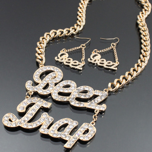 New Fashion BEEZ TRA Chain Necklace Set