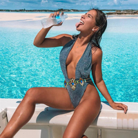 2019 New High quality Sexy Rhinestone Swimsuit Diamond Chain Women's Shiny silver Deep V neck Swimwear Crystal Bikini set Biquin