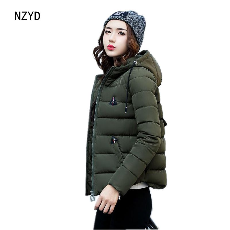 Women Winter Parkas 2017 New Fashion Hooded Thick Super warm Short Down Cotton Coat Long sleeve Loose Big yards Jacket LADIES244 2017 new women winter parkas fashion hooded thick warm medium long down cotton jacket long sleeve loose big yards female coat