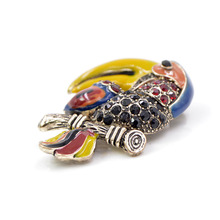 CINDY XIANG Beautiful Vintage Parrot Brooches for Women Fashion Rhinestone Animal Brooch Pin Coat Suit Accessories Men Style