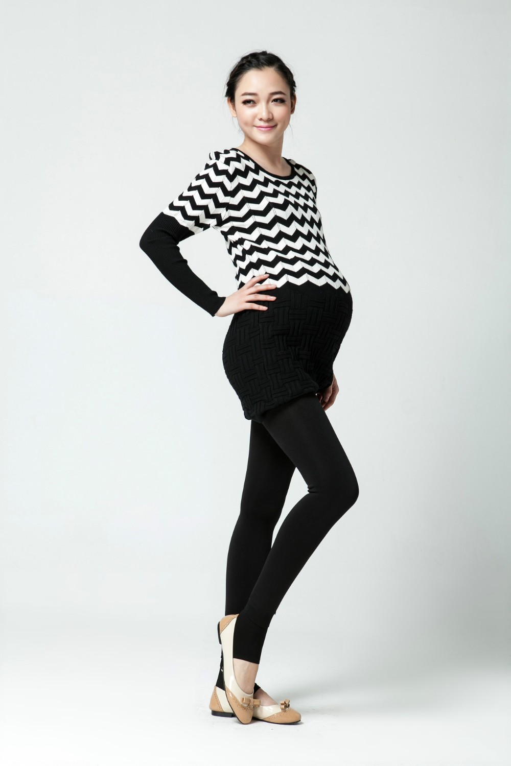 Women clothing maternity clothes winter Leggings thickened with velvet pregnant women trousers warm pants 8