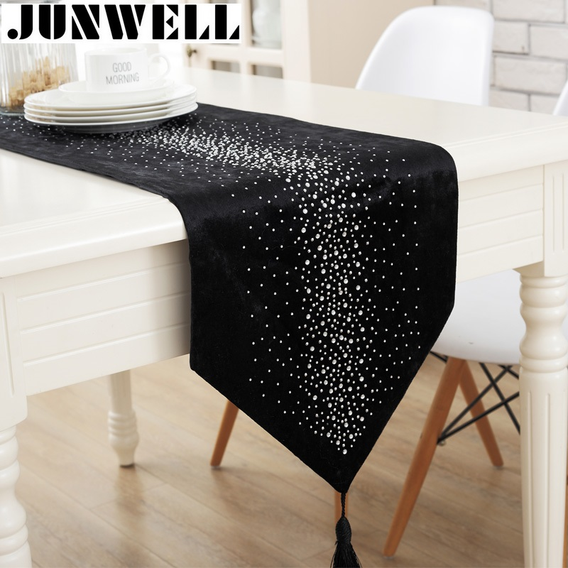 Junwell Fashion Modern Table Runner Ironing Diamond 2 Layers Runner Table Cloth With Tassels Cutwork Embroidered Table Runner