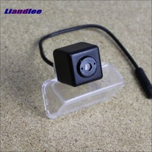 Liandlee Anti Collision Laser For Toyota YARiS L 2014 2015 Car Prevent Mist Fog Lamps Laser Anti Haze Lamps Warning Rear Light liandlee anti collision laser lights for honda city 2012 2014 car prevent mist fog lamps anti haze warning rear light