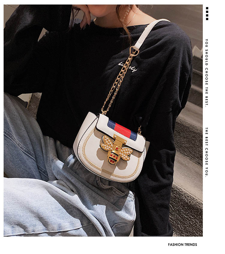 Imitation Designer Bags Fashion Bee Shoulder handbag for women Luxury Round PU Cross body Chain Bag Pearl Metal Lock Women's Bag (13)