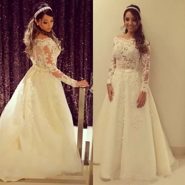2019 Fashion Appliqued Lace Tulle A-Line Princess Wedding Dress High Quality Long Sleeves Boat Neck Bridal Gowns Tailored Made