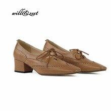 Туфли-лодочки на среднем каблуке в стиле ретро с перфорацией типа «броги»; винтажная женская обувь без шнуровки; 45 мм