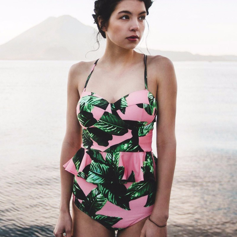 0d6518d302b8a 2018 Vintage Reversible Pink Leaf Print PEPLUM Tankini Two Piece Suits  Women Bandeau Swimsuit High Waist Bathing Suit Swimwear-in Body Suits from  Sports ...