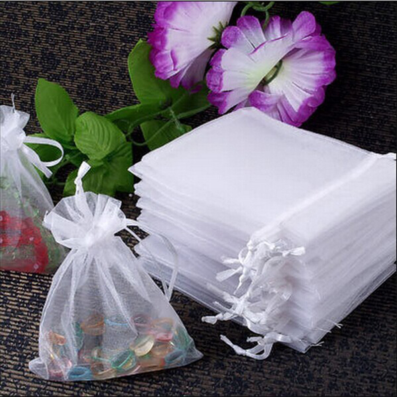 100pcs Jewelry Gift Bags 7x9cm White Organza Jewelry Popular Small Drawstring Gift Bags Cheap Wedding Gift Bag Tulle Favor Sack недорого