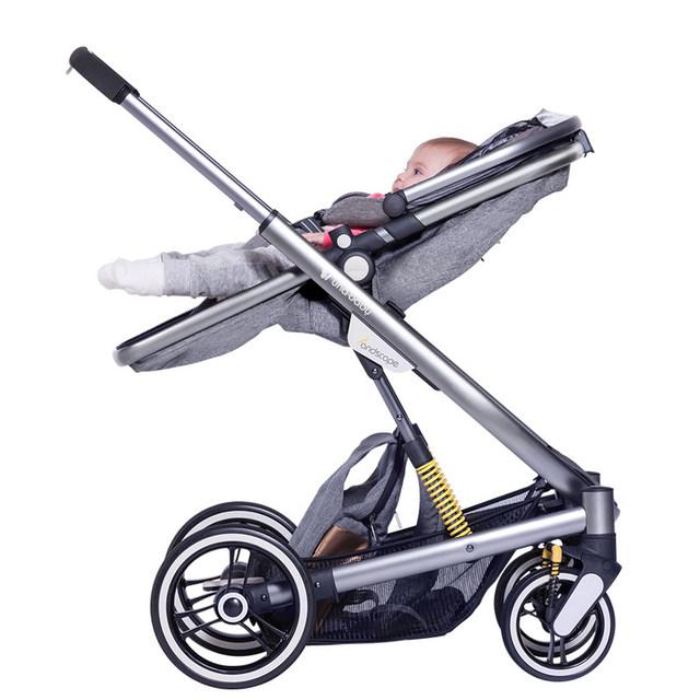 Cochecito de bebé 2 en 1 Bebé Kinderwagen con Bolso de La Manera Plegable Del Cochecito de Bebé