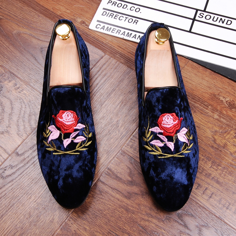 New 2017 Men's Fashion Velvet Embroidery Loafers Pointed Toe Slip on Flat Casual Shoes Driving Mocassins Blue Black   EUR38-43 fashion tassels ornament leopard pattern flat shoes loafers shoes black leopard pair size 38
