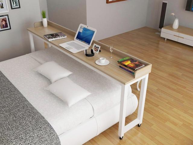 Tafel Over Bed : Laptop tafel bed met een dubbele tafels across desktop