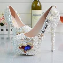 แพลตฟอร์มใหม่ที่สวยงามมุกรองเท้าแต่งงานเพชรรองเท้าแก้วรองเท้าเจ้าสาวแต่งงานรองเท้า