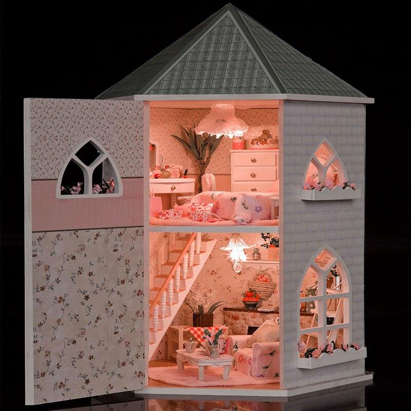 купить Gifts New Brand DIY Doll Houses Wooden Doll House Unisex 3d dollhouse Furniture Toy Doll House Miniature Furniture crafts 13816 по цене 2617.9 рублей