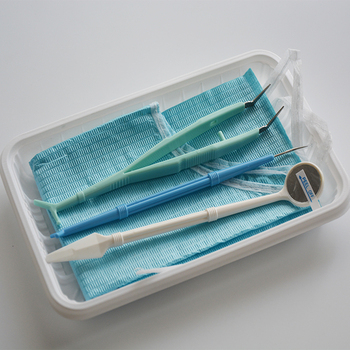 200 Sets 5 Pieces/kit Disposable Dental Kits - Dental Mirror, Scaler, Bib with Tie, Plastic Tweezer and Tray