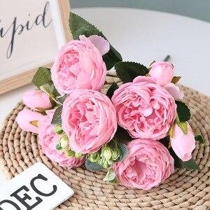 Image 2 - 5 cabezas grandes/ramo de peonías artificiales, ramo de peonías de seda, 4 flores de brotes, decoración del hogar de boda, flor de peonía Rosa falsa