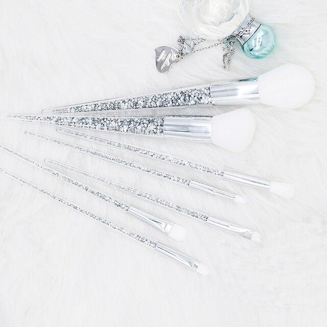 New 7pcs Sliver Diamond Unicorn Crystal Makeup Brushes Set Foundation Blending Powder Eye Face Brush Makeup Tool Kit maquillaje 2