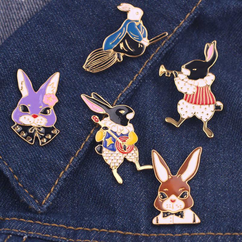 Fashion Cute Kelinci Bros Pin Logam Pin Syal Hadiah Natal Alice In Wonderland Enamel & Bros Rahim Bros Lencana