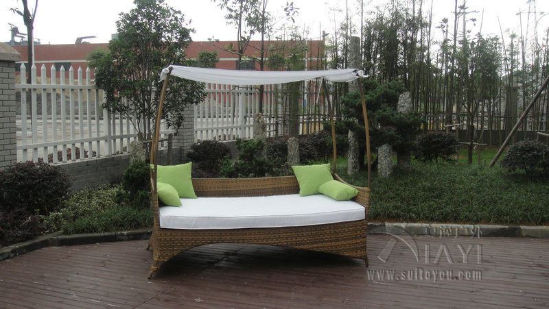 Online get cheap outdoor wicker daybeds for Outdoor pool daybeds
