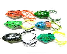 6pcs Top water lure High carbon hook Soft Bait 5.5CM 12.5G Fresh Water Bass Walleye Crappie Minnow fishing lure soft frog Lure
