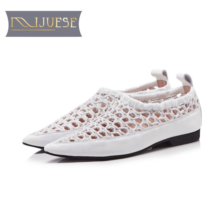 MLJUESE 2018 women sandals cow leather slip on pointed toe cutouts Gladiator low heels party dress