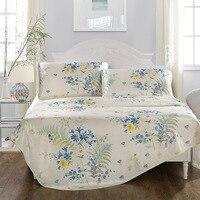 Bianco con stampa floreale biancheria da letto tessuto di seta del ghiaccio può essere lavato materasso sleeping mat biancheria per la casa 3 Pz lenzuolo + federe morbido