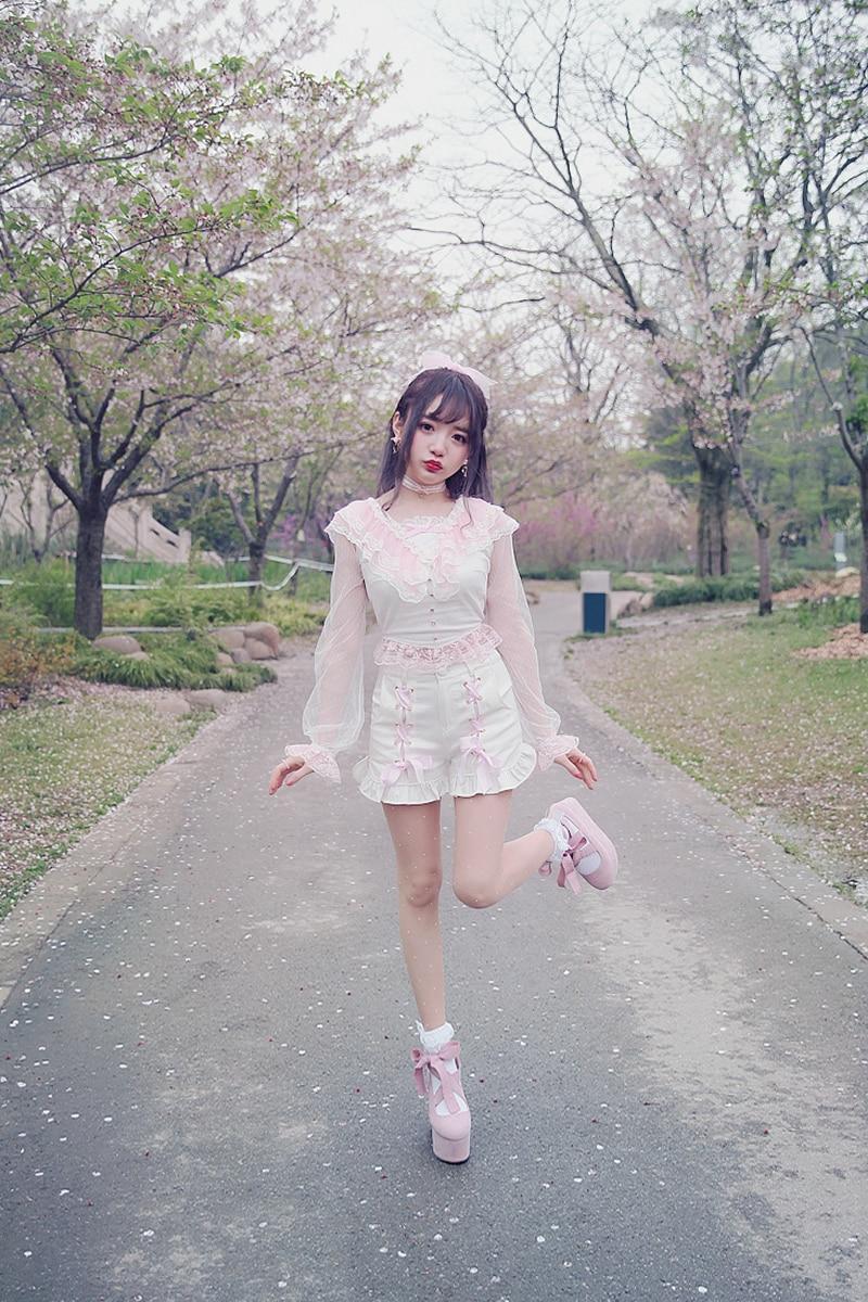 Princess sweet lolita shirt Summer Japanese style sweet white lace princess long sleeve slim backless short