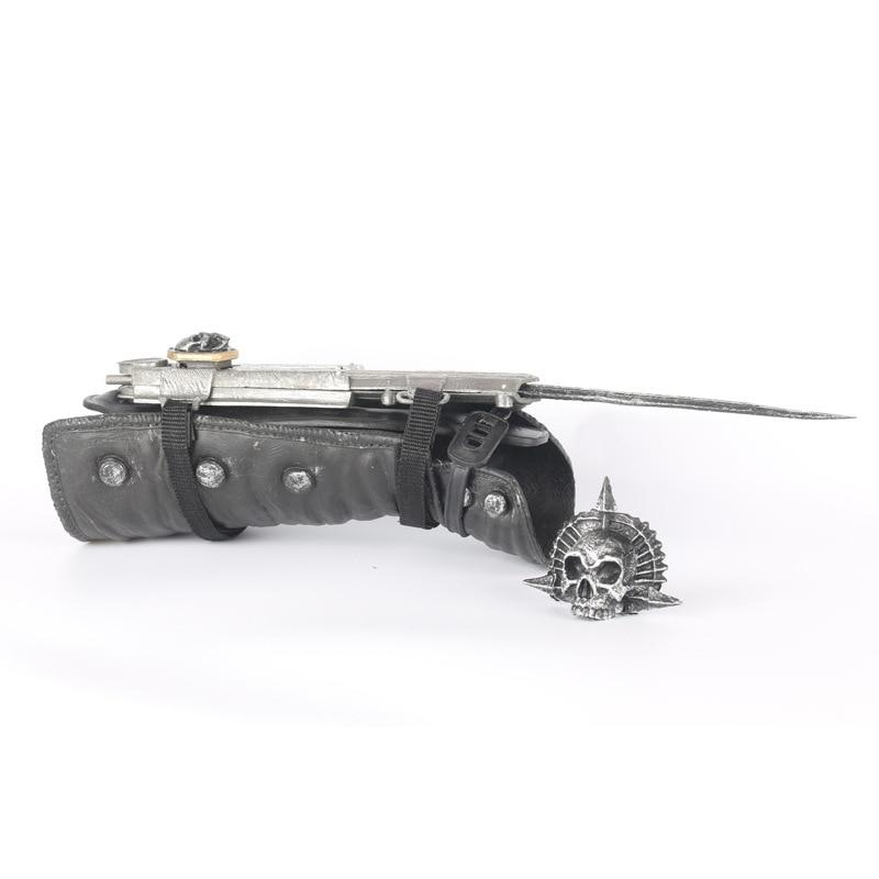 فيلم اللعب نموذج الأسلحة ، لعبة سكين. السهم في الأكمام ، لعبة السيف. الهدايا للأطفال