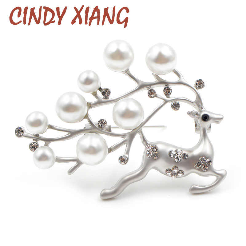 Cindy Xiang Lucu Mutiara Rusa Bros untuk Wanita Fashion Hewan Bros Pin Natal Perhiasan Mantel Sweter Aksesoris Hadiah