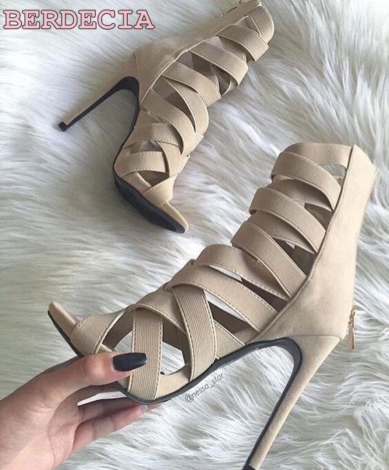 stiletto hakken hoog uitgesneden beige zwart suède sandalen - Damesschoenen