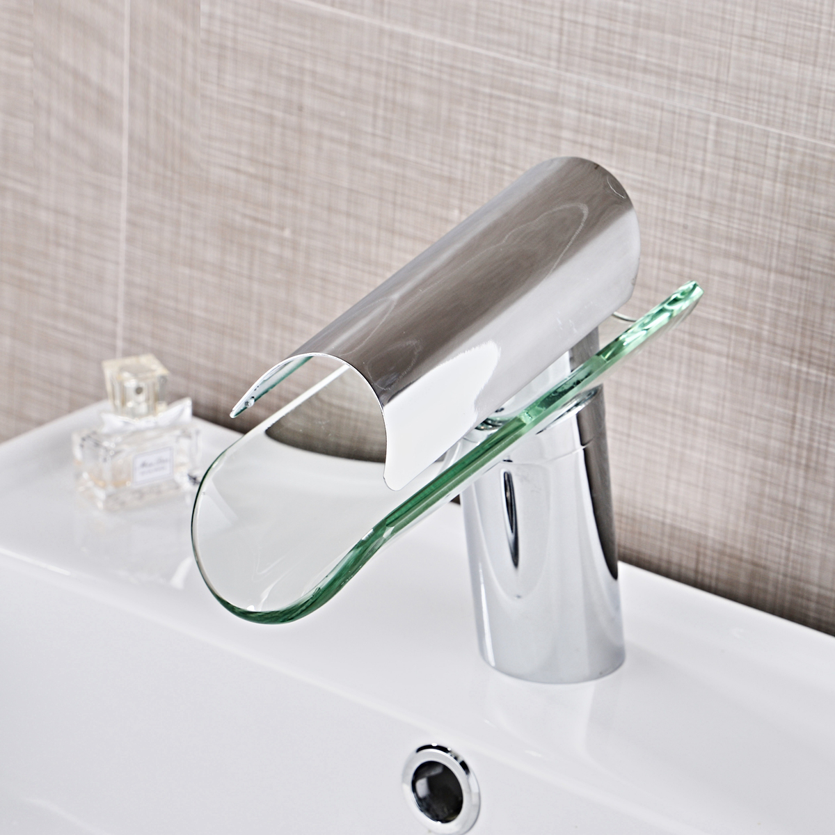 A1 Copper faucet bathroom washbasin washbasin bathroom cabinet glass waterfall hot and cold water mixing wx6011436A1 Copper faucet bathroom washbasin washbasin bathroom cabinet glass waterfall hot and cold water mixing wx6011436