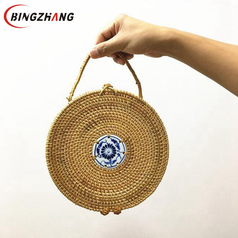 2018 high quality handmade rattan Woven bag round shapes shoulder bags fashion leather strap bags straw beach bags L8-244