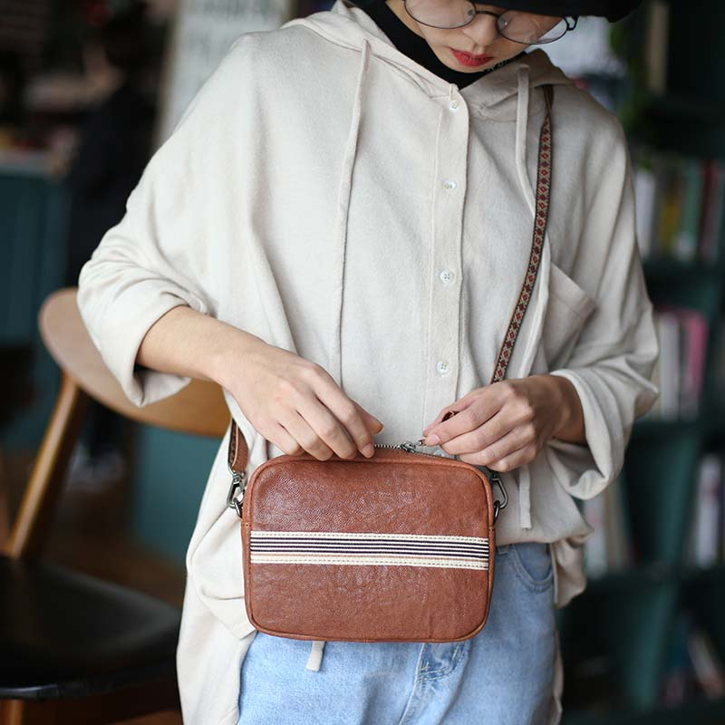 купить New original leather handbags simple casual small square bag sheepskin literary shoulder bag Messenger bag по цене 5566.96 рублей