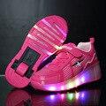 Sapatas dos miúdos Crianças Sapatos Sapatilhas Com Rodas de Rolo BoyGirl Automático LED Iluminado Piscando Patins Zapatillas Con Ruedas