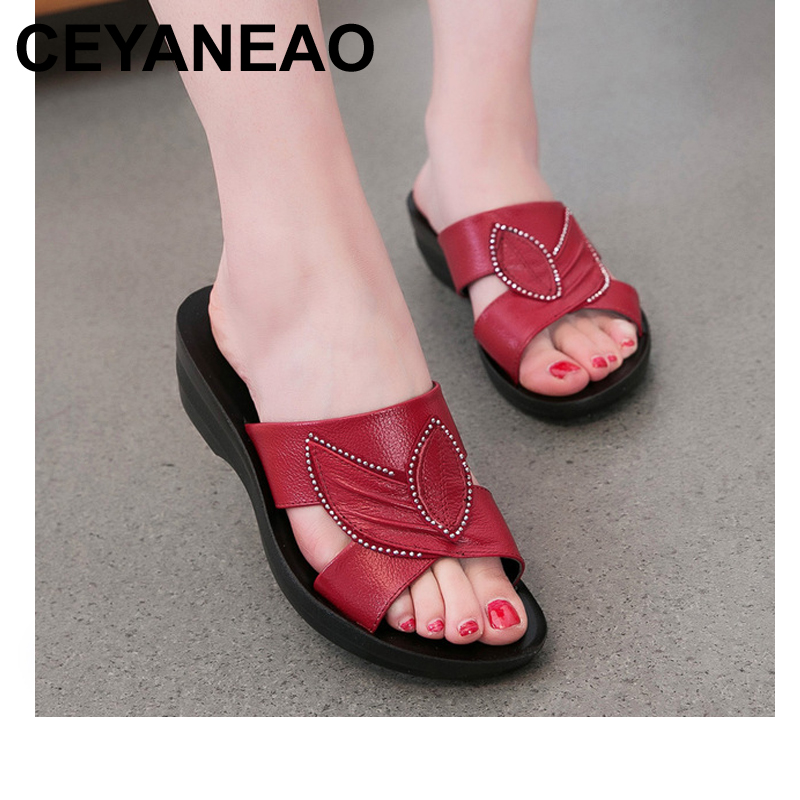 CEYANEAO NEW WOMEN SLIPPERS SUMMER SHOES SUMMER ANTISKID SOFT BOTTOM FLAT MOTHER SLIPPERS WOMEN SANDALS недорго, оригинальная цена
