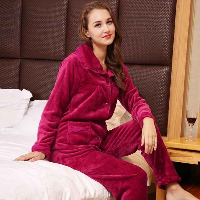 Coral Fleece Pajamas Sets Women s Winter Thin Two-piece Sleeping Pajamas  Flannel Sleeping Set Fashion Home Clothing cf71bdeaf