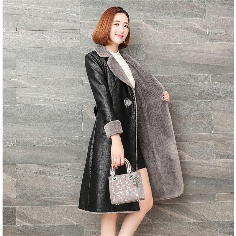 2019 New Winter Women Leather Jacket Coats Slim Lambskin Leather Warm Plus Size 4XL High Quality Women Long Coat Overcoat AA557
