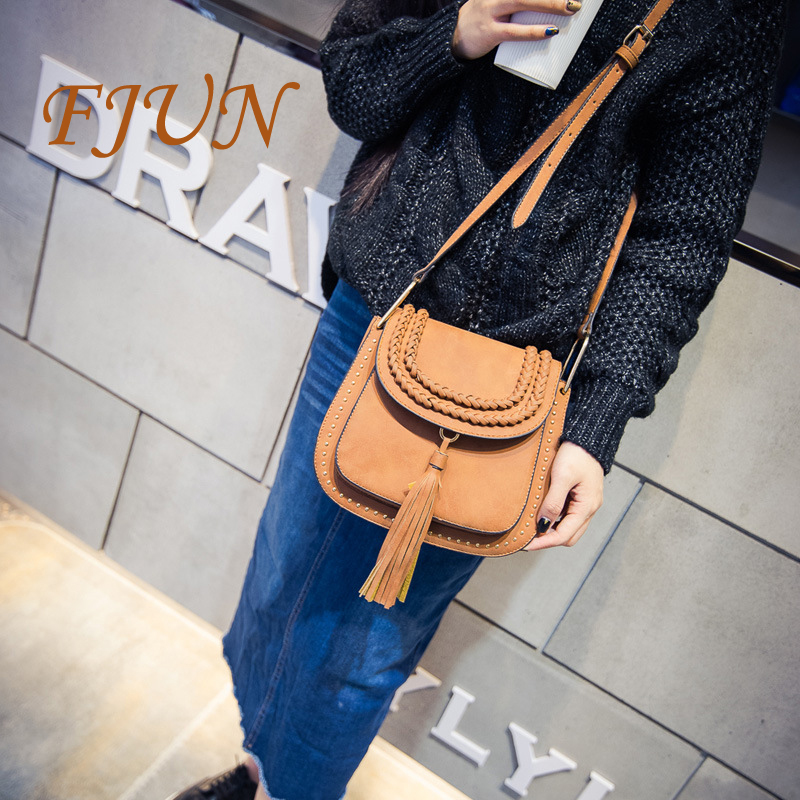 FJUN 2018 Tassel Knitting Messenger Bag Women Bags PU Leather Handbags Cross Body Shoulder Bags New Women Handbag Feminine Bolso