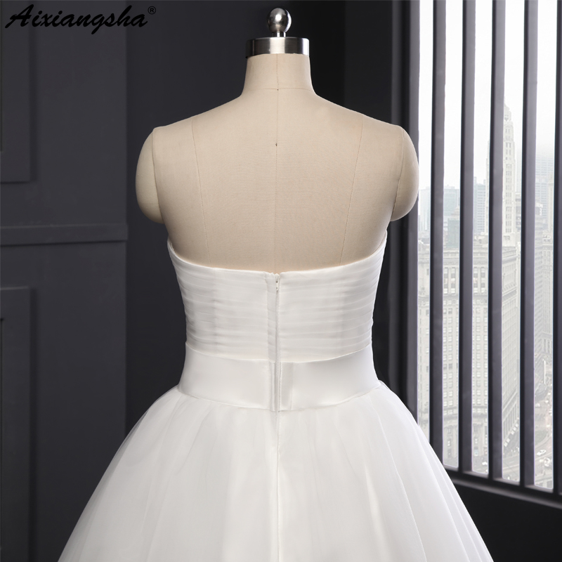 A Line Sweetheart Pleat White Ivory Wedding Dress