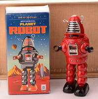 Red Retro Robot Tinplate Clockwork Toy Vintage Tin Wind Up Toys For Children Vintage Handmade Crafts