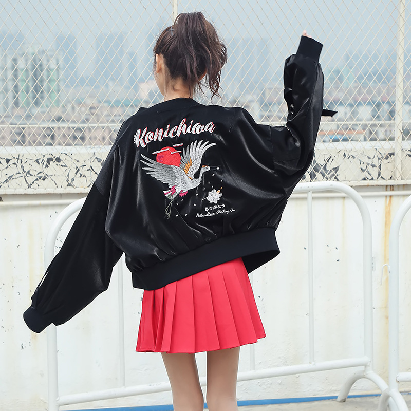 2019 New fashion bomber jacket women Casual Short Embroidery female jacket Long sleeve Loose Spring autumn baseball jacket women in Jackets from Women 39 s Clothing