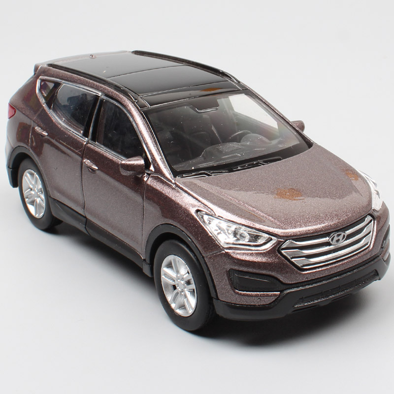 1/36 Mini Hyundai Santa Fe Maxcruz SUV Miniature Scale Cars Vehicles Metal Diecast Pull Back Welly Model Kids Toys Replicas Boys