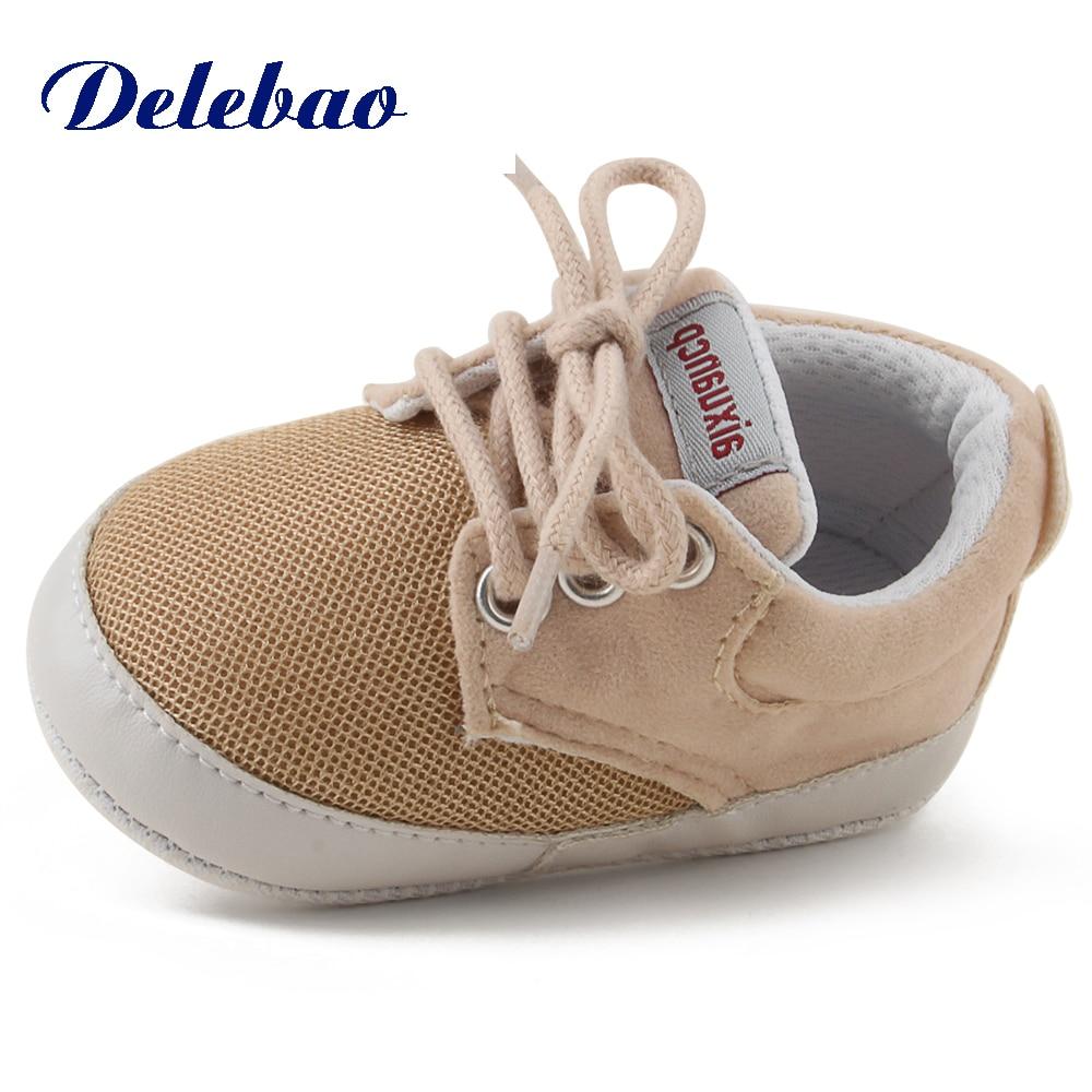 Delebao novo Preço Barato Pano de Malha Respirável 0-18 Meses Sapatos de Bebê de Algodão Algodão Sola Macia Sapatos Da Criança