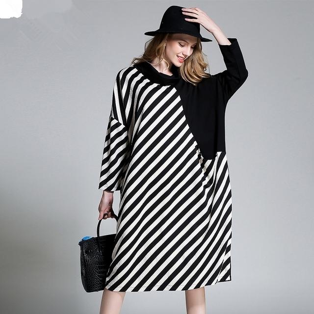[Soonyour] 2017 nuevo otoño de cuello redondo de manga larga blanco negro tamaño grande dress de las mujeres marea de la manera de la raya de división ha063713xl