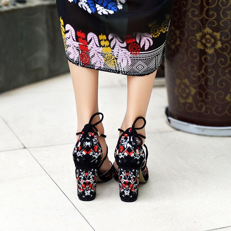Del Mujeres Black De Mujer Cabrito Bordado Sandalias 43 Zapatos Gladiador Más Banda Altos Cruz Bombas Ante red Boda Flores Talones Tamaño q4r4tpg